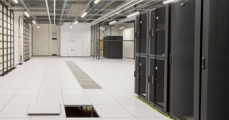 Dupont Fabros Technology CH1 Data Center interior