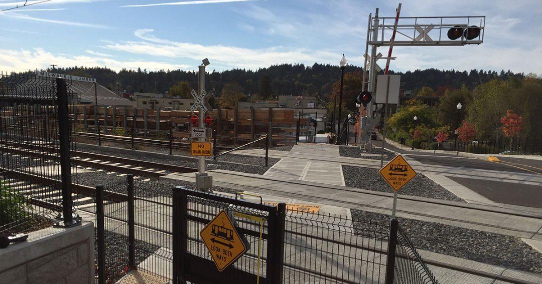 TriMet warning bells crossing