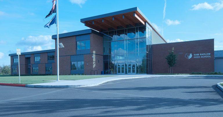 Sam Barlow High School Exterior